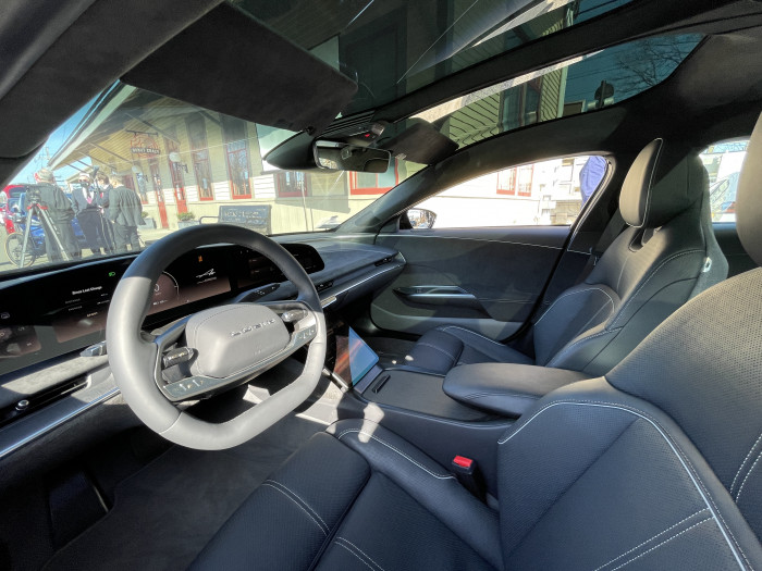 Lucid-Air-interior-Westport-CT-EVfreedomCT-by-Paul-Braren-2021-03-22-IMG_2613.JPG