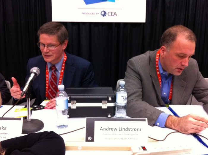 Hakkarainen-and-Lindstrom-at-CES-2012