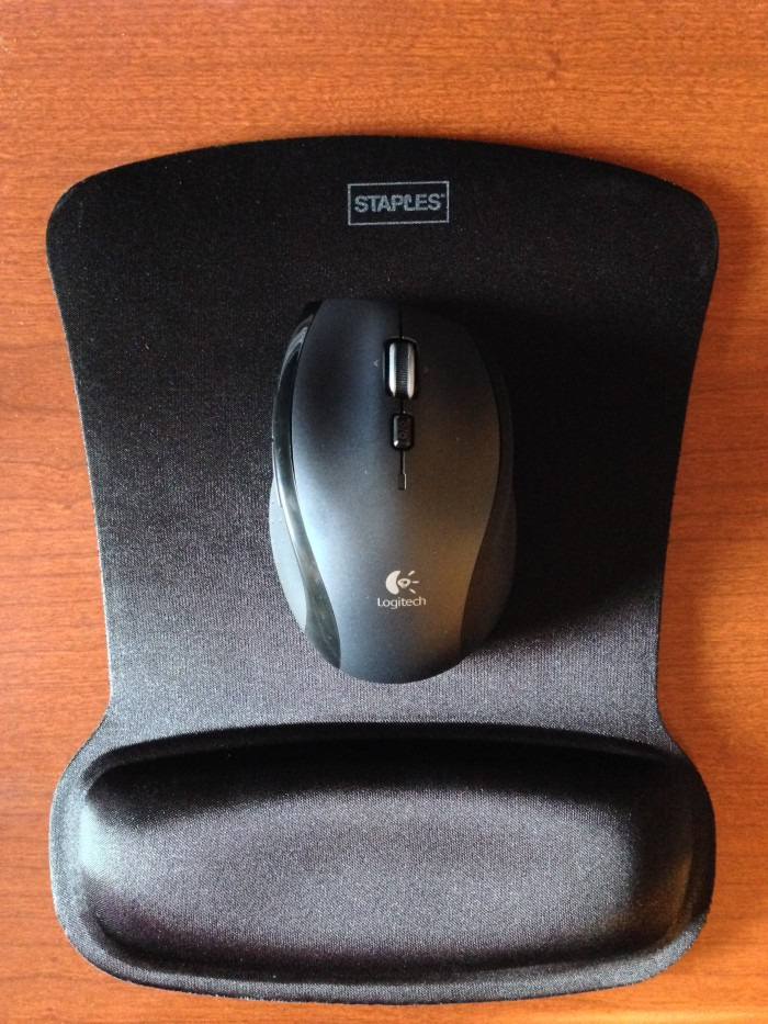 M705-Mouse-on-Staples-Mouse-Pad-with-Gel-Wrist-Rest-Black-e1404240249909