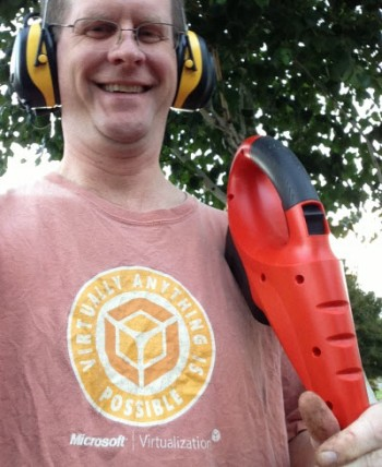 Tech-enthusiast-attire-for-yard-work-Sep-16-2013