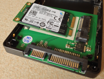 My-mSATA-Samsung-840-EVO-resting-on-2.5-inch-SATA-drive-adapter