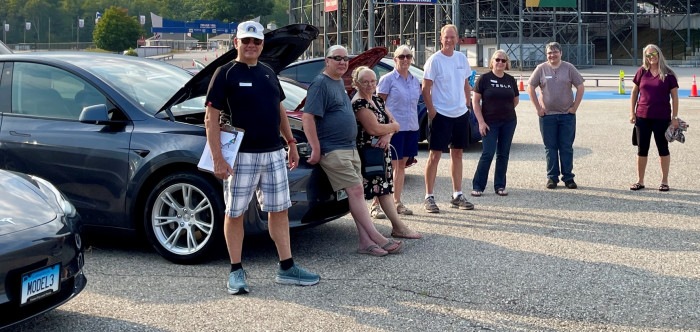 Tesla-Owners-New-England-cropped-2021-09-12-by-Paul-Braren