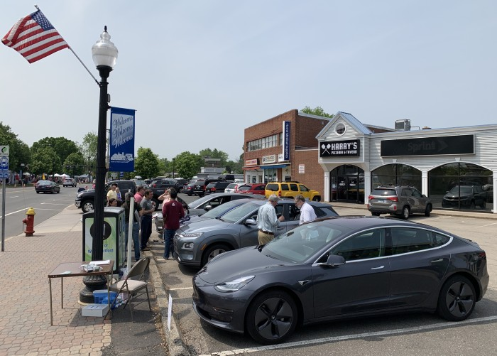 IMG_5961-2019-06-01-EV-Event-West-Hartford-CT-by-TinkerTry.JPEG