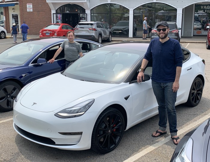 IMG_5985-2019-06-01-EV-Event-West-Hartford-CT-by-TinkerTry.JPEG