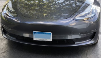 Front-Connecticut-license-plate-on-Tesla-Model-3-using-SnapPlate-mount-2019-08-30-by-Paul-Braren-at-TinkerTry.JPG