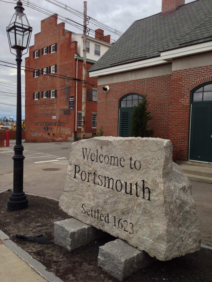 Portsmouth-NH-Sign-by-Paul-Braren-Apr-23-2014-e1398397135472