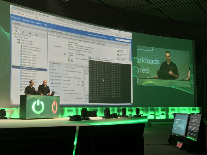 Anthony-Spiteri-and-Michael-Cade-live-demo-VeeamON-2017-by-Paul-Braren-at-TinkerTry.JPG