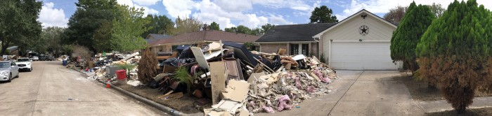 Houston-flood-damaged-neighborhood-panarama-2-by-Paul-Braren-Sep-26-2017