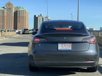 IMG_5326-another-Tesla-Model-3-spotted-in-Cambridge-MA-Dec-27-2018