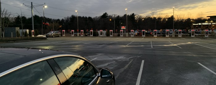 IMG_8159-Manchester-CT-Tesla-Supercharger-2019-01-26--TinkerTry.JPG