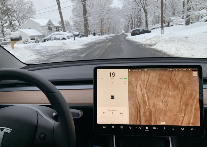 Tesla-Model-3-driving-in-snow-2019-03-04.JPG